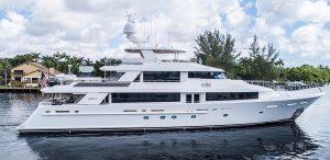 130' Westport Yacht